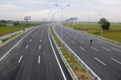 Đường cao tốc Cầu Giẽ - Ninh Bình. (Ảnh: hanoimoi.com.vn)
