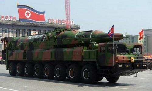 Triều Tiên sở hữu công nghệ tên lửa đạn đạo và tên lửa mang vệ tinh. Ảnh: KCNA