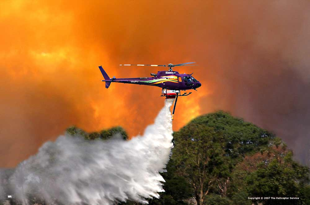 trực thăng chữa cháy