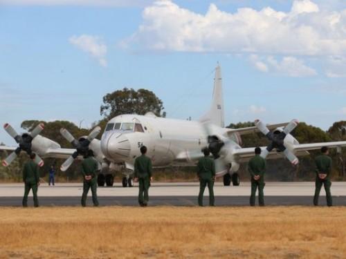 Defence News tiết lộ các thiết bị quân sự Việt Nam sẽ mua của Mỹ - Ảnh 1