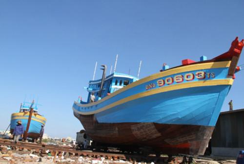 àu cá ĐNa 90603 của ông Nguyễn Sương