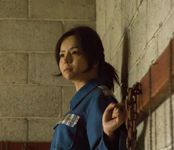 """Anastasia Lin giành giải Nữ diễn viên xuất sắc nhất cho vai diễn """"Jing""""  trong bộ phim """"Lưỡi dao rỉ máu"""". Ảnh daikynguyenvn.com"""
