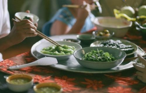 Chỉ cần ngồi cạnh nhau, bữa cơm nào cũng ngon và hạnh phúc! - Ảnh 2
