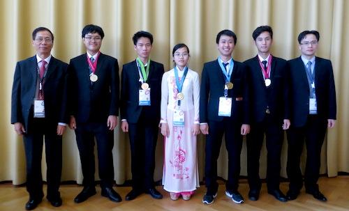 Đoàn Việt Nam dự thi Olympic Vật lý quốc tế. Ảnh vnexpress.net