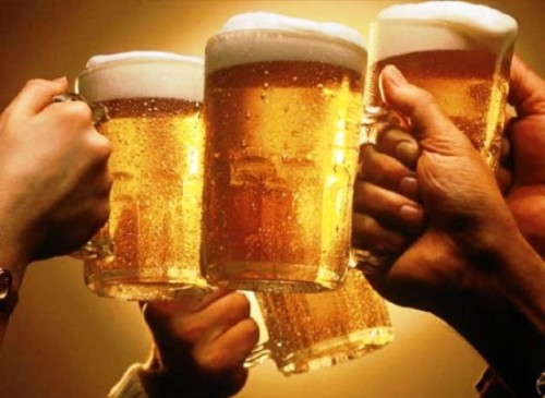 Lỗi đâu phải ở rượu bia? - Ảnh 1