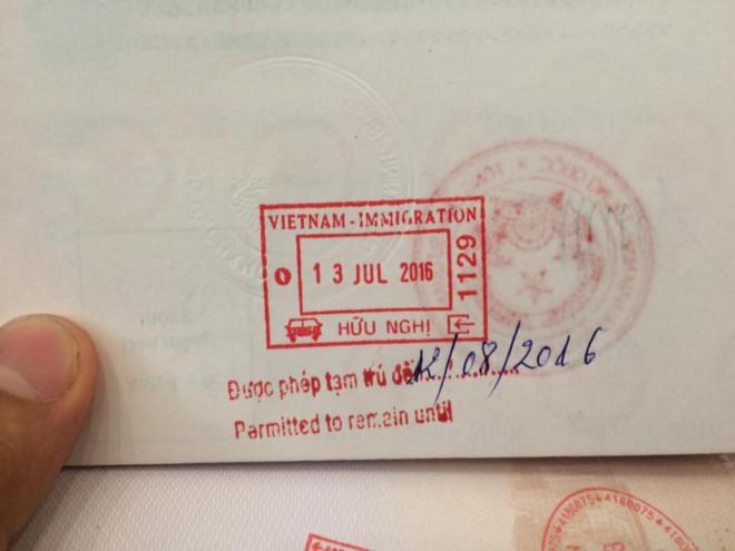 Vụ từ chối khách TQ vì hộ chiếu in lưỡi bò: CS Đà Nẵng nói gì? - Ảnh 1.