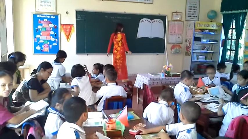 Một lớp học VNEN. Ảnh lấy từ youtube