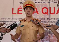 Trung tá Huỳnh Trung Phong, Phó Trưởng phòng Phòng CSGT đường bộ - đường sắt (PC67) Công an TP.HCM, khẳng định CSGT TP.HCM sẽ không tập trung kiểm soát nồng độ cồn tại các nhà hàng, quán nhậu. Ảnh: LÊ THOA - plo.vn