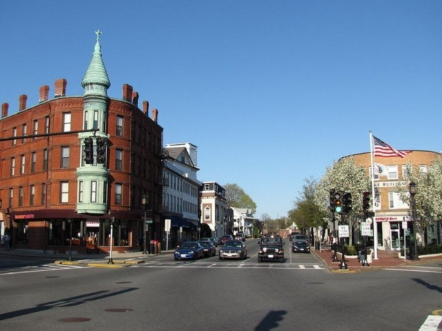 Medford, Massachusetts, quê hương của Bloomberg
