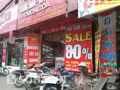 Nhiều cửa hàng có chương trình khuyến mãi. Ảnh soha.vn