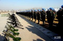 700 lính Trung Quốc trang bị súng máy hạng nặng, xe bọc thép và cả UAV được triển khai ở Nam Sudan từ đầu năm 2015. Ảnh kienthuc.net.vn