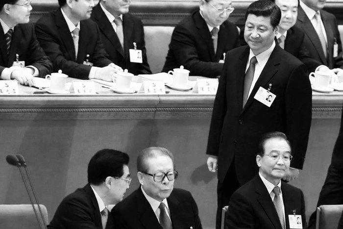Quan chức cấp cao ngã ngựa trong chiến dịch chống tham nhũng của Tập Cận Bình phần lớn đều có quan hệ với phe cánh Giang Trạch Dân. (Ảnh: Internet)