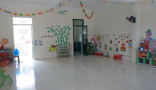 Nhiều lớp học ở Trường Mầm non xã Thành Hưng vắng trẻ ngày 17/10. Ảnh: Lê Hoàng - vnexpress.net