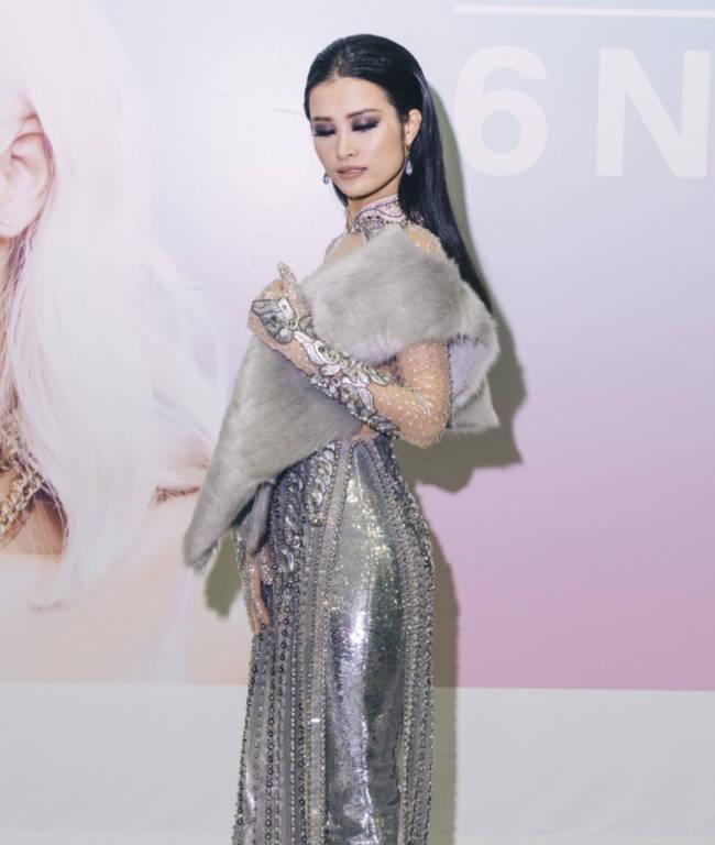 Đông Nhi và các nghệ sĩ Châu Á bị đối xử bất công khi đến với lễ trao giải EMA? - Ảnh 2.