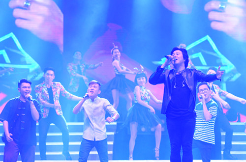 Cùng với các học trò SOUL CLUB, Thanh Bùi đã mang đến không khí vui tươi, sôi nổi với A Little Love ca khúc chủ đề của chương trình và Dont you need somebody.