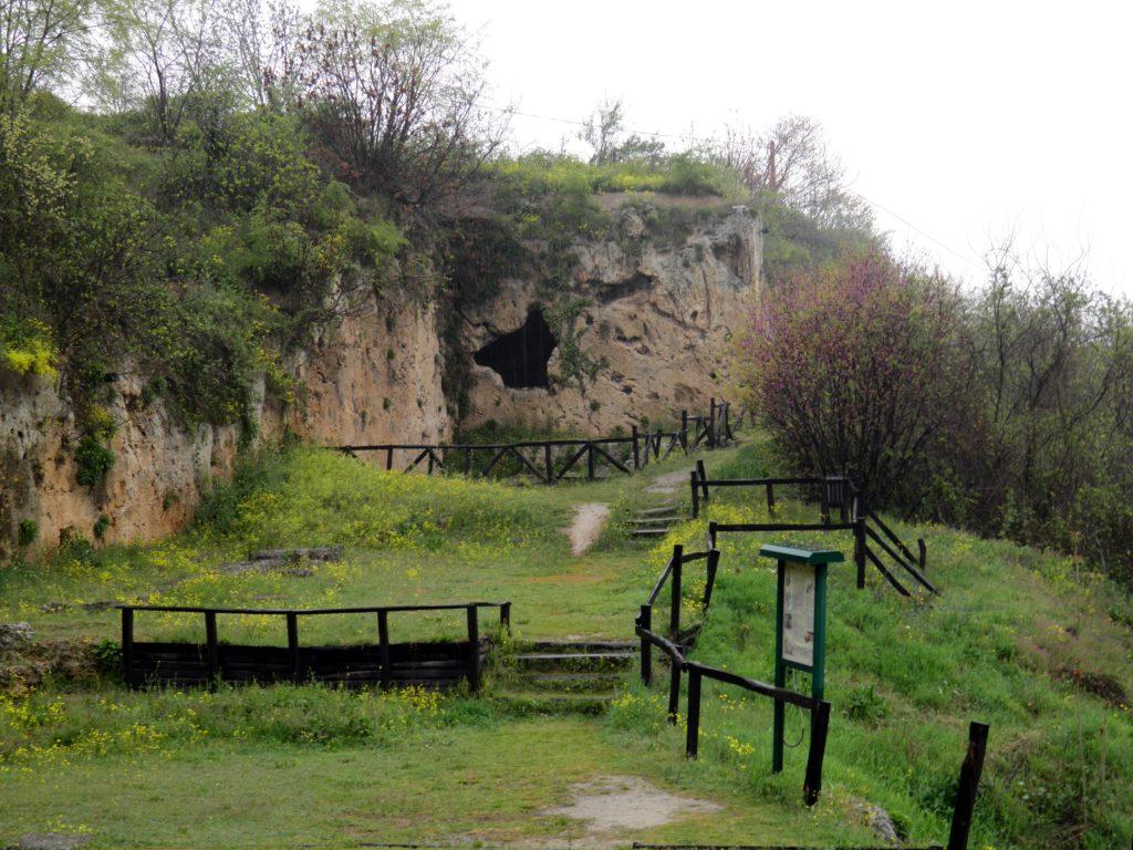 Cách đây hơn 2.000 năm, trường học của Aristotle nằm ở khu đất này. (Nguồn: Ancient Origins)