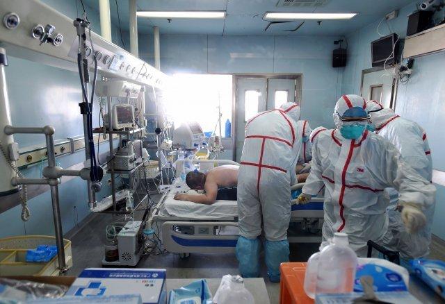 Virus cúm gia cầm H7N9 đang lan rộng và tỷ lệ tử vong báo động. (Ảnh: Epochtimes.com)