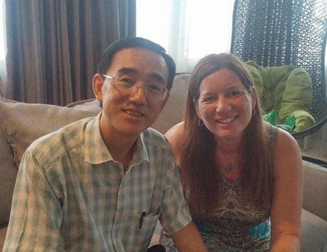 Ông Tôn Nghị đã gặp cô Julie Keith ở Mỹ. (Ảnh: Epoch Times)
