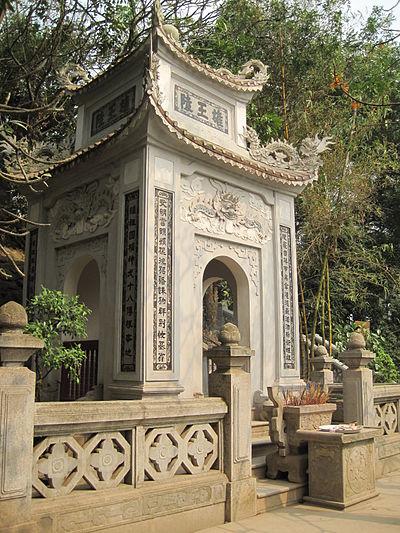 lang-hung-vuong