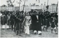 vua Bảo Đại cùng hoàng hậu Nam Phương sau ngày cưới