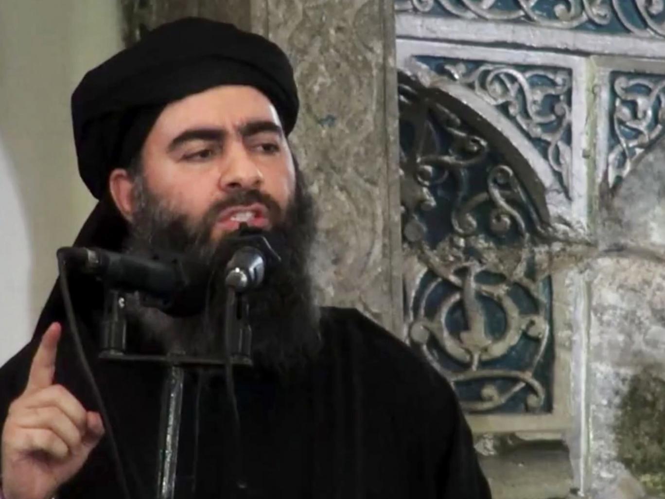 Baghdadi tuyên bố hành lập nhà nước IS ở một nhà thờ tại thành phố Mosul, Iraq năm 2014. Ảnh independent.co.uk