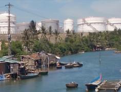 Kho dầu ở Dung Quất, Quảng Ngãi. (Ảnh minh họa)