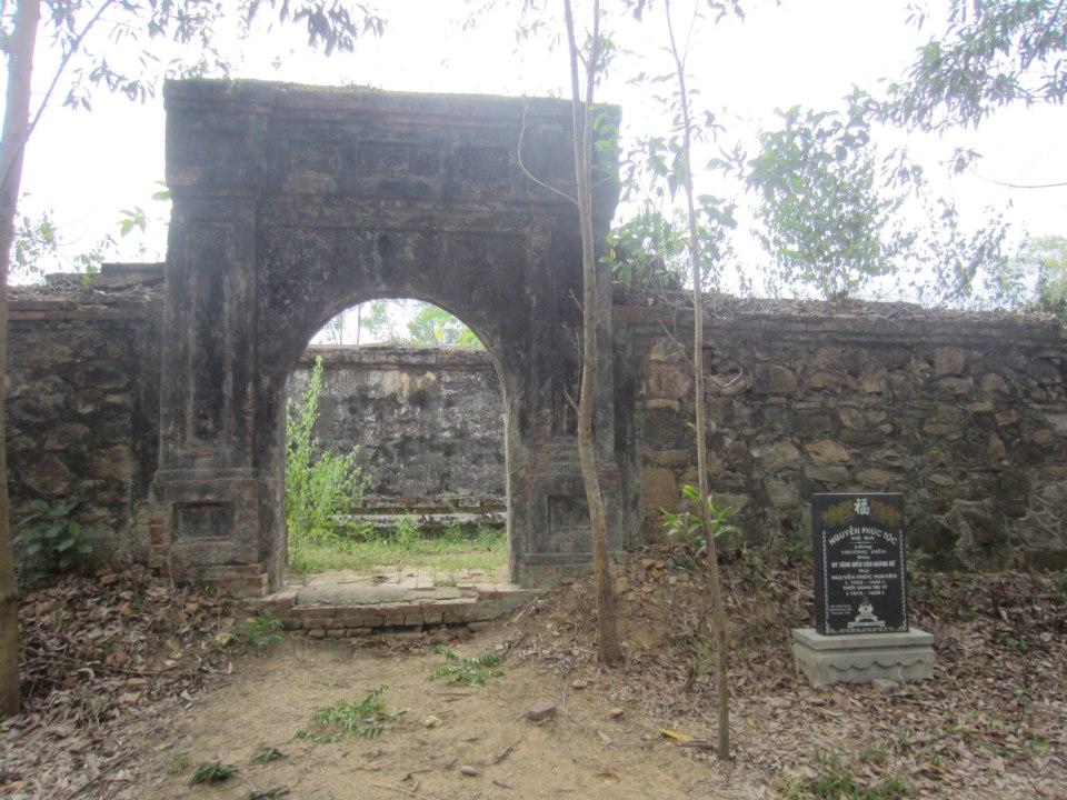 Lăng Trường Diễn của chúa Sãi Nguyễn Phúc Nguyên. (Ảnh từ lichsunuocvietnam.com)