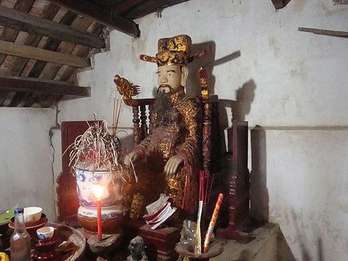 ượng Trịnh Tú ở đền thờ xã Liên Sơn, Gia Viễn, Ninh Bình. (Ảnh từ Wikipedia)