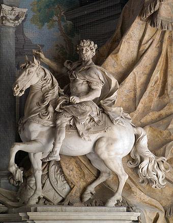 Tượng Đại đế Karl, tạc bởi Agostino Cornacchini (1725), Vương cung Thánh đường Thánh Phêrô, Vatican, Ý.