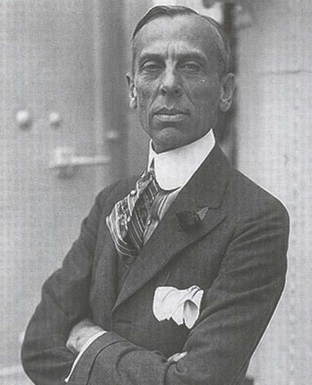 Alfred P. Sloan là người có liên hệ với Phát xít và ủng hộ thuyết ưu sinh. (Ảnh qua faculty.virginia.edu)