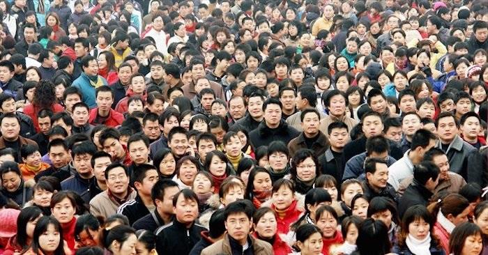 Trung Quốc phản đòn thuế quan của Hoa Kỳ bằng cách tăng thuế đối với 60 tỷ USD hàng hoá Mỹ, trong đó gồm các loại thuốc và dụng cụ y tế phổ thông, khiến chính người dân khốn đốn. (Ảnh: CFP).