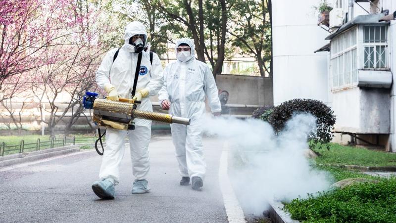 Sau khi bệnh viêm phổi Vũ Hán bùng phát vào đầu tháng 12/2019, từ địa phương tới trung ương, ĐCSTQ liên tục che đậy tình hình dịch bệnh. (Ảnh: Getty Images)