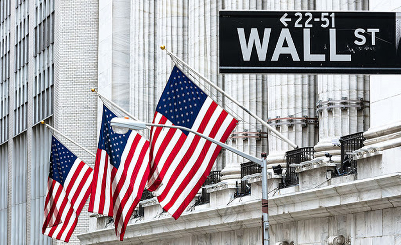 Tổng thống Trump dường như đang loại các công ty Trung Quốc ra khỏi Phố Wall. (Ảnh qua Twitter)