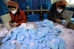 Trung Quốc đã xuất khẩu 3,86 tỷ chiếc khẩu trang chỉ trong 1 tháng. Ảnh: SCMP
